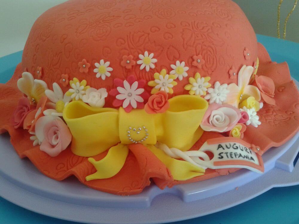 Torte pasta di zucchero macchine torta decorata di for Blaze e le mega macchine youtube